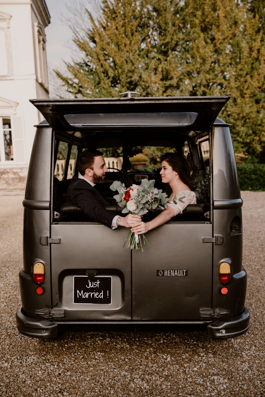 Evénements mariage - Balades insolites en Champagne My Vintage Tour Company Estafette Reims Epernay
